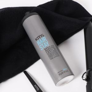 Spray, finition, coiffant, et anti-humidité